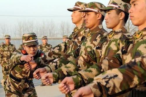 当兵不当副班长, 在部队副班长的职责是什么?