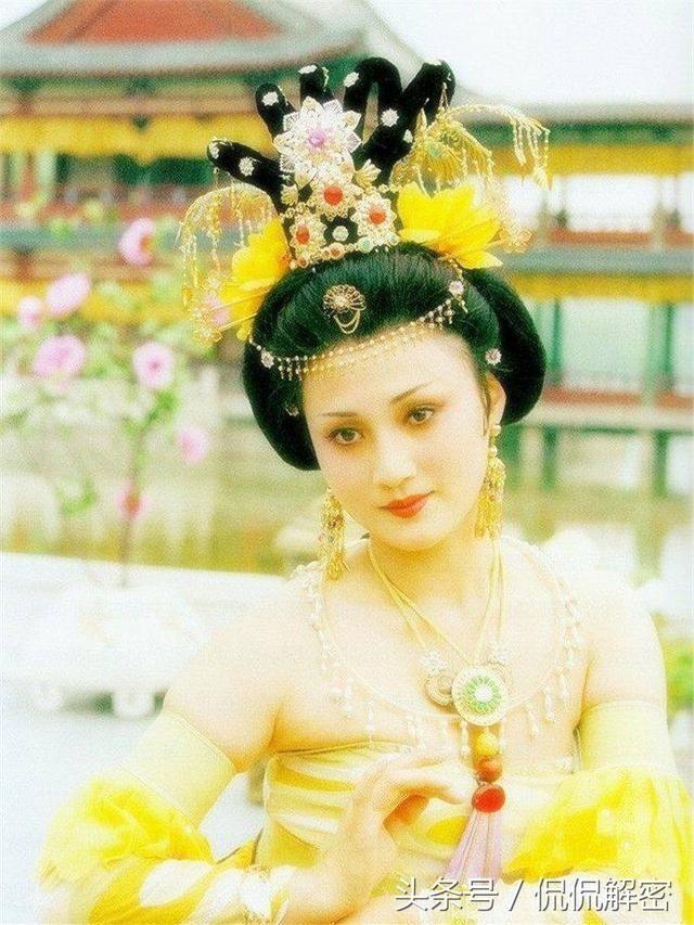 正文  西施是中国古代四大美女之首,春秋末期越国浣纱女,容貌倾国倾城