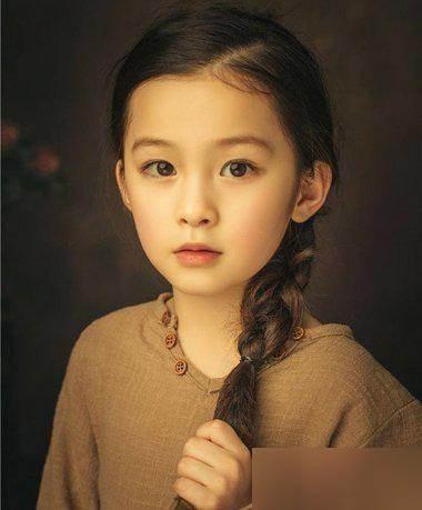 11款女大童短发美丽的简易!复古中发型齐的图片