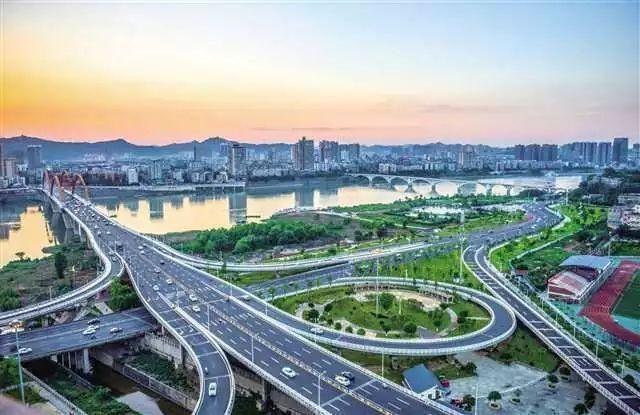 南充和区县gdp2020_2020年上半年杭州各区 县 市 GDP排行榜 滨江增速最高