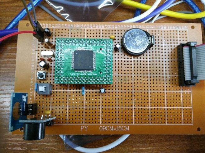 stm32单片机电源端并联电容的重要性
