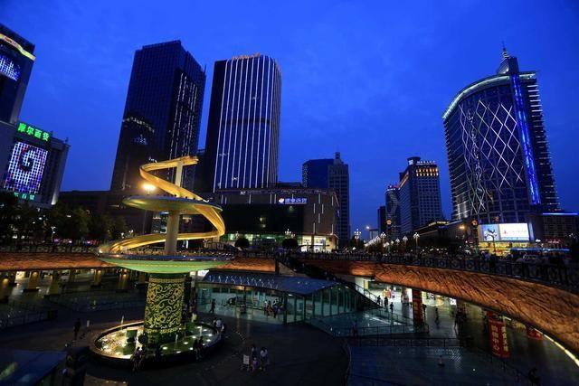 中国唯一一座拥有2座4F飞机场的省会城市,堪比首都北京!