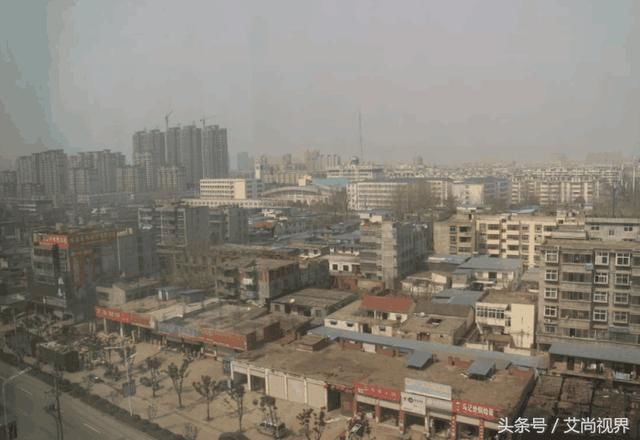 中国最可怜的县,人口多,无火车站